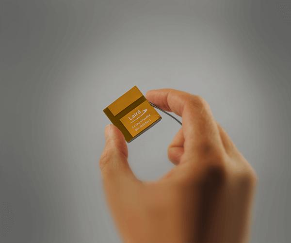 mFlexPIFA in hand